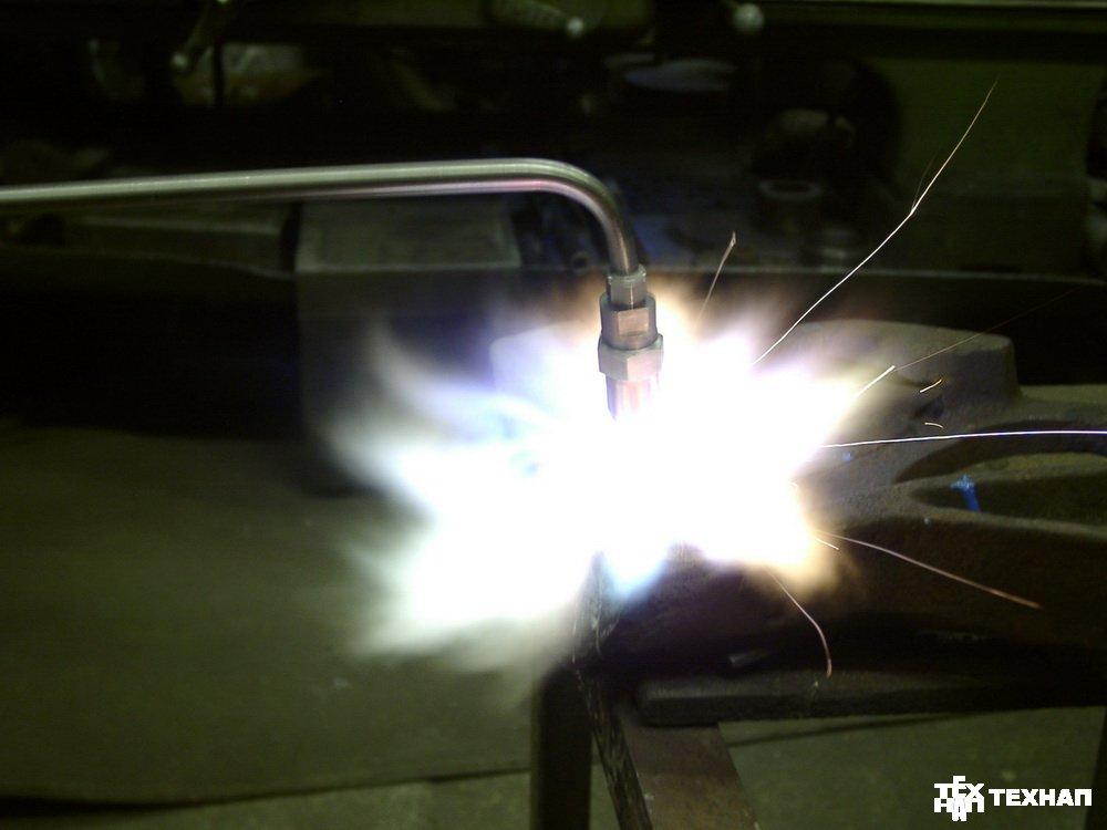 Упрочнение замка автосцепки газопорошковой наплавкой горелкой ГН-5П